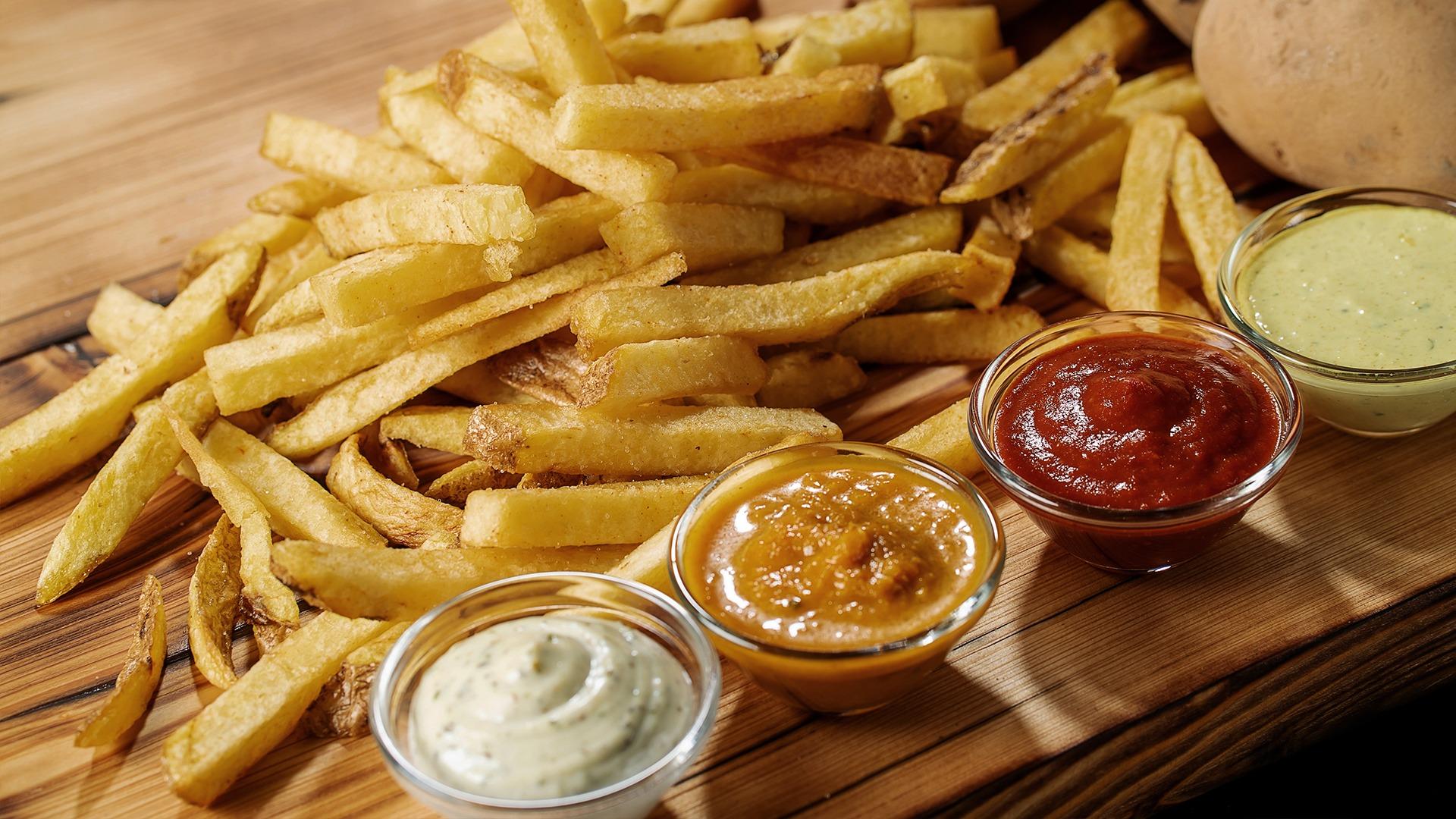 Hand cut fries Pommes